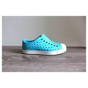 • NATIVES GIRLS BLUE SLIP ON SNEAKERS •